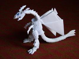 bílý origami drak