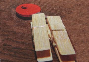 klíč označen lakem na nehty