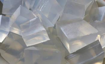 transparentní glycerinová mýdlová hmota na výrobu domácího mýdla