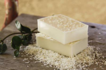 bílé mýdlo domácí výroby
