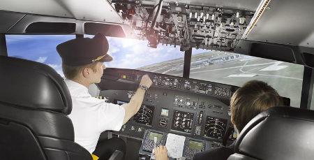 kokpit leteckého trenažéru - letecký kurz