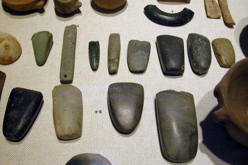 Tvary kamenů pro malování jsou velmi rozmanité
