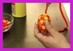 jak vyfouknout a ozdobit velikonoční vajíčko
