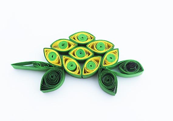 Fotografie želvy vyrobené technikou quilling