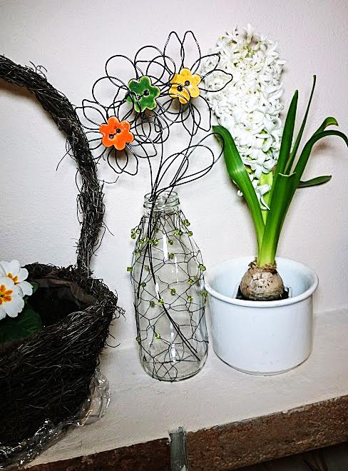 Fotografie drátované květiny