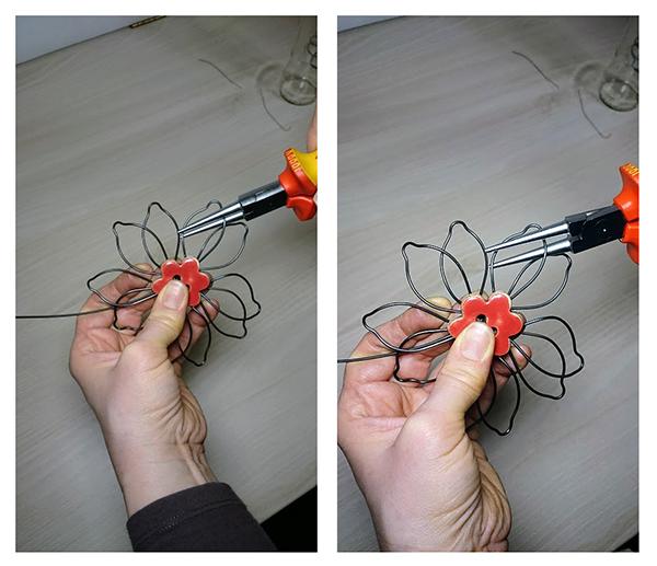 Fotografie tvoření květiny z drátu