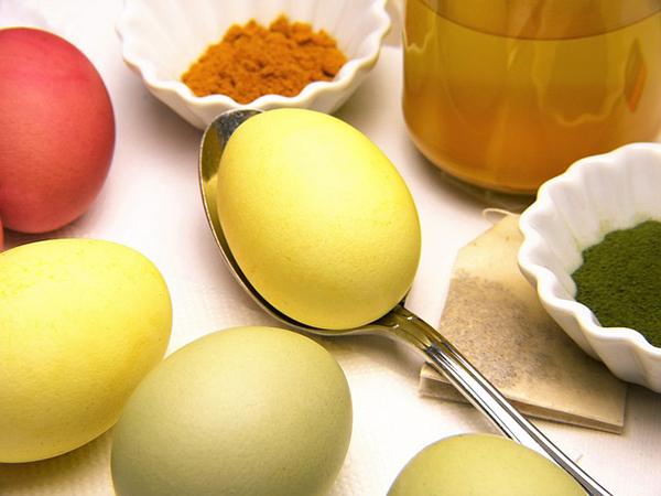 Fotografie obarvených velikonočních vajíček
