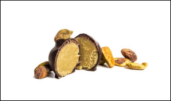 rozříznutý čokoládový bonbón - žážitková degustace